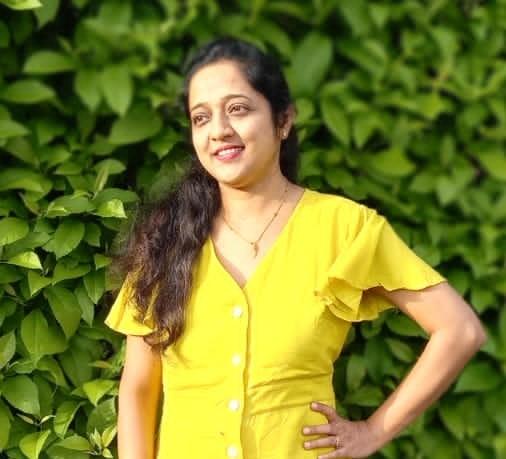 Dr. PRATIBHA BHARAT VISAVE